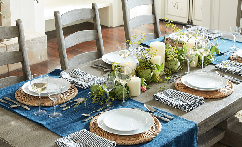 Decorate A Table With Runner, Dining Room Table Runners
