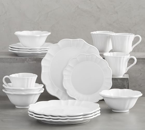 Monique Lhuillier Juliana Scalloped 16-Piece Dinnerware Set
