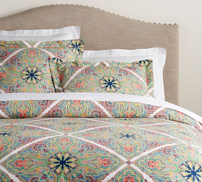 Penelope Medallion Organic Percale Patterned Duvet Cover