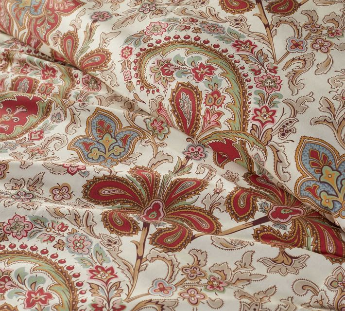Charlie Paisley Organic Patterned Duvet Cover Red