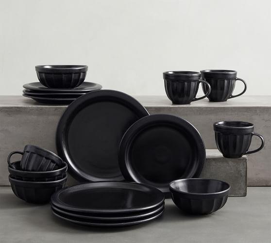 Mendocino Stoneware 16-Piece Dinnerware Set - Onyx Black