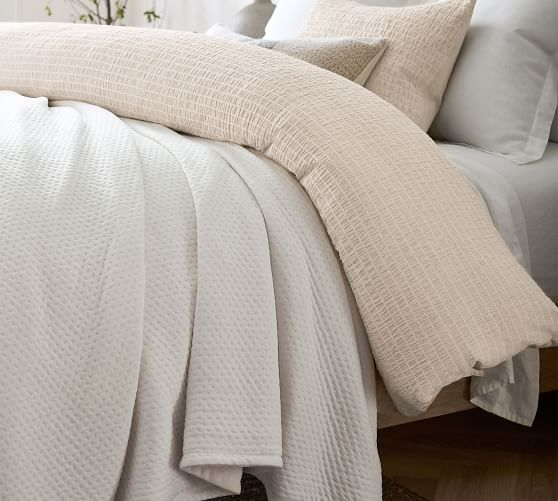 reversible knit blanket c