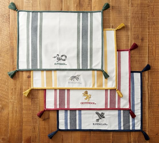 williams sonoma placemats Gold Damask Set Of 4 100/% Cotton Holiday Entertaining