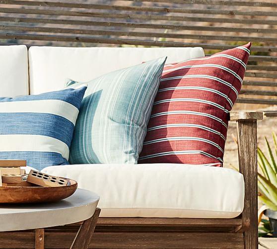 Raylan Sunbrella Outdoor Furniture, Pottery Barn Outdoor Furniture Showroom