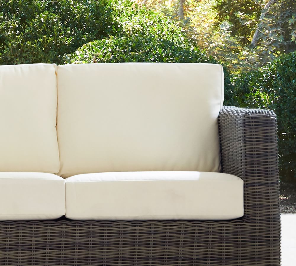Huntington Outdoor Furniture Replacement Cushions   Pottery Barn