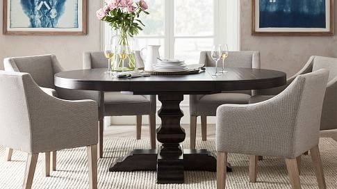 Banks Round Pedestal Extending Dining, Round Extendable Dining Table Set With 6 Chairs
